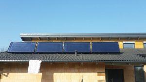 Solaranlage-10m²-für-Warmwasser-und-Heizung-in-Hernstein-Heizbaer.